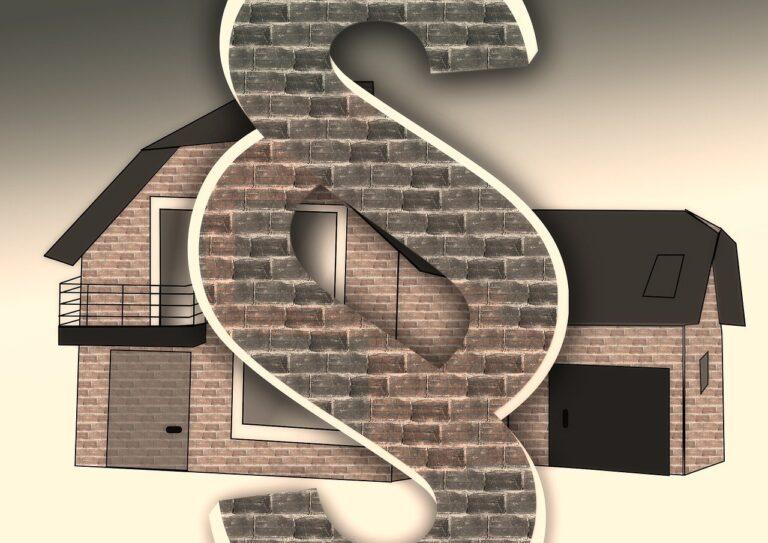 Помощь адвоката по защите прав собственников жилых помещений