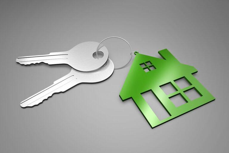 Помощь адвоката в признании прав на жилье