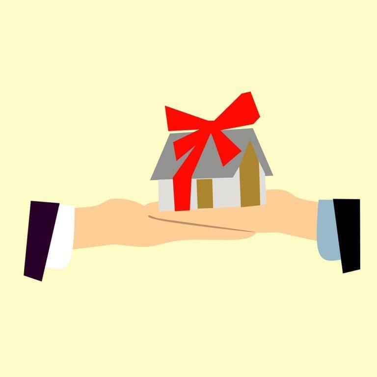 Помощь адвоката в спорах о наследовании жилых помещений